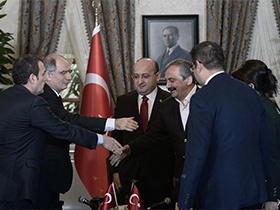 AKP, PKK'yi Baraj�n �st�ne Ta��d�