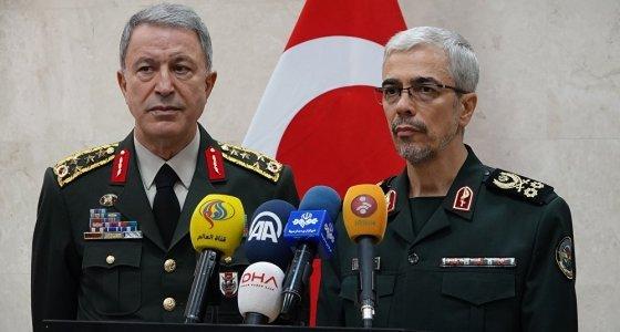 Akar, Rus ve İranlı mevkidaşları ile görüştü
