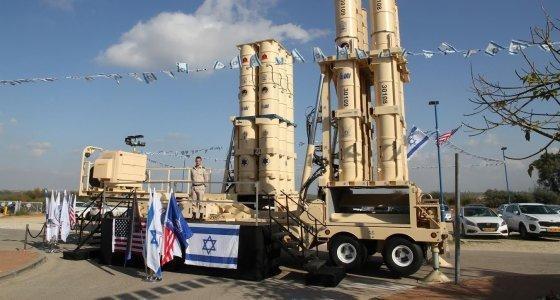 İsrail yeni füze savunma sistemi 'Arrow 3'ü denedi