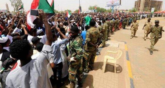 Sudan'da Yemen aleyhindeki Koalisyondan çıkma kargaşası