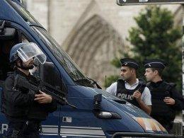 Fransa'da suikast timi hakkında iddianame